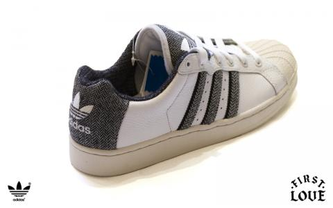 moda] Adidas FerraraForum.it